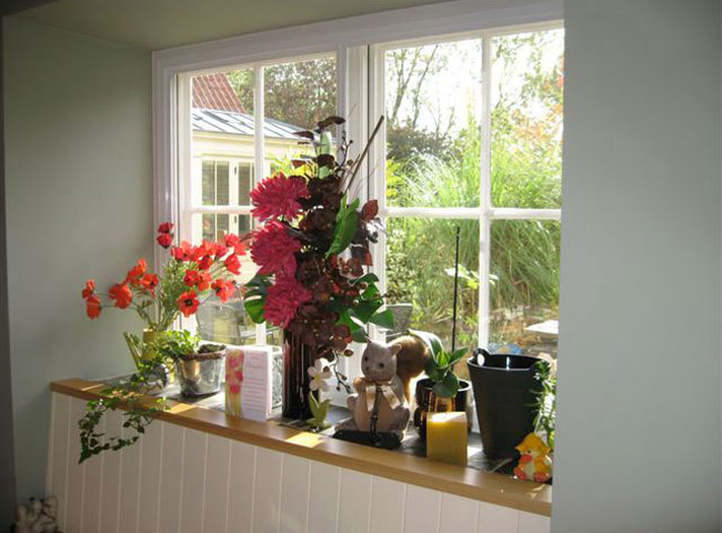 With good secondary glazing, all you really notice is the original window.